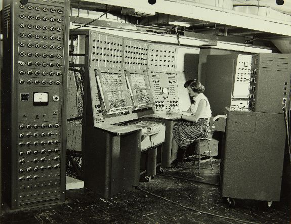 Old Fashioned Analog Computer
