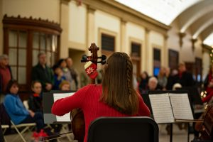 2018-12-15_ECMS_Winterfest_CelloChoir_MM_2164