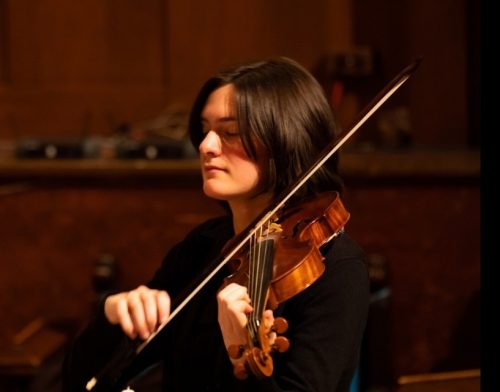 Liza Sommers on violin photo