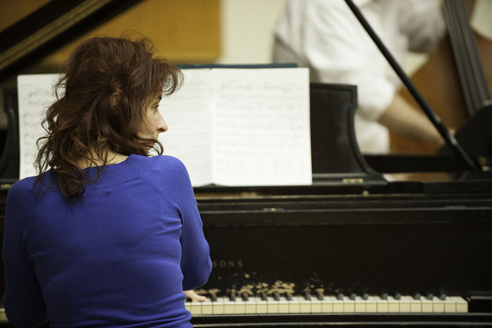Canadian jazz pianist Lorraine Desmarais was the composer-in-residence for the 2012 Women in Music Festival.