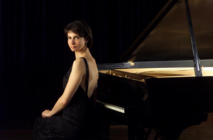 Marina Lomazov image