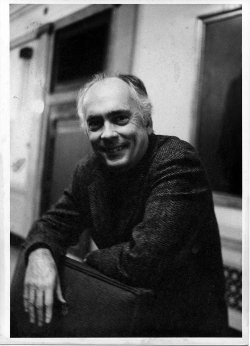 Professor Verne Rynolds